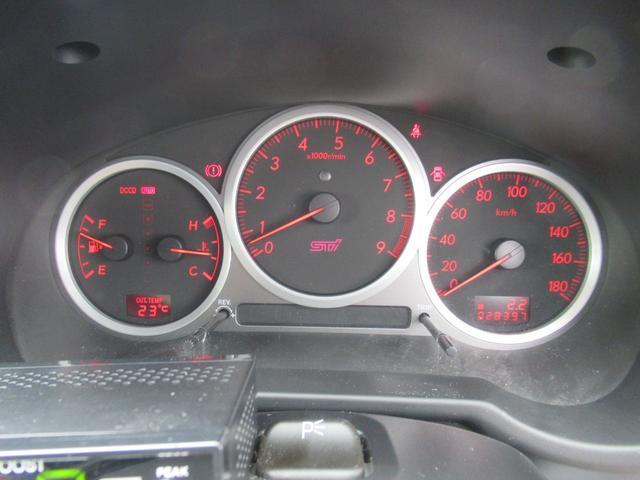 WRX STi E型 記録簿8枚 フジツボマフラー HKSEVC サブコン ブレンボキャリパー 純正17インチアルミ ETC 4WD キーレス ターボ 電動格納ミラー(28枚目)
