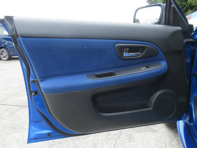 WRX STi E型 記録簿8枚 フジツボマフラー HKSEVC サブコン ブレンボキャリパー 純正17インチアルミ ETC 4WD キーレス ターボ 電動格納ミラー(37枚目)