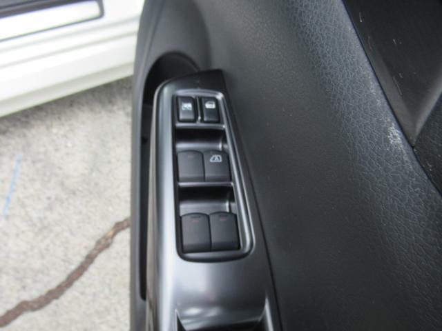 WRX STi 純正オプションハーフレザーレカロシート BBS18インチアルミ HDDナビ フルセグ STiタワーバー スマートキー ETC HID SIドライブ ブースト計 油温計(22枚目)