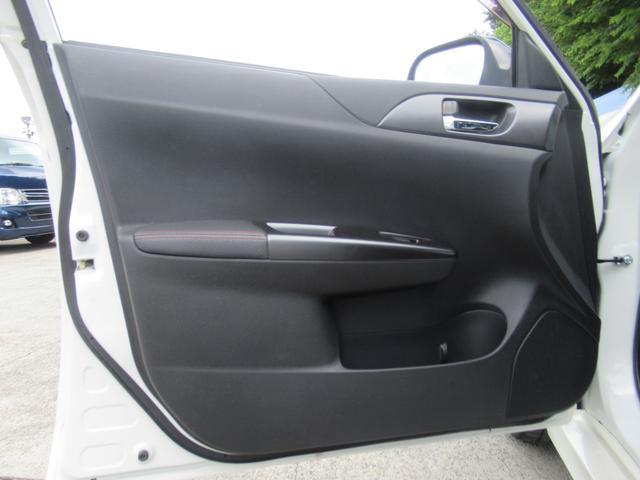 WRX STi 純正オプションハーフレザーレカロシート BBS18インチアルミ HDDナビ フルセグ STiタワーバー スマートキー ETC HID SIドライブ ブースト計 油温計(33枚目)