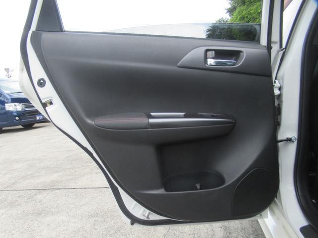 WRX STi 純正オプションハーフレザーレカロシート BBS18インチアルミ HDDナビ フルセグ STiタワーバー スマートキー ETC HID SIドライブ ブースト計 油温計(38枚目)