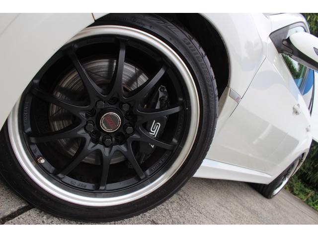 WRX STI tS カーボンルーフ アルミ製フロントフード 400台限定 RAYS18AW 純正レカロシート 社外メモリーナビ フルセグ DVD再生 Bluetooth接続 4WD 308馬力(9枚目)