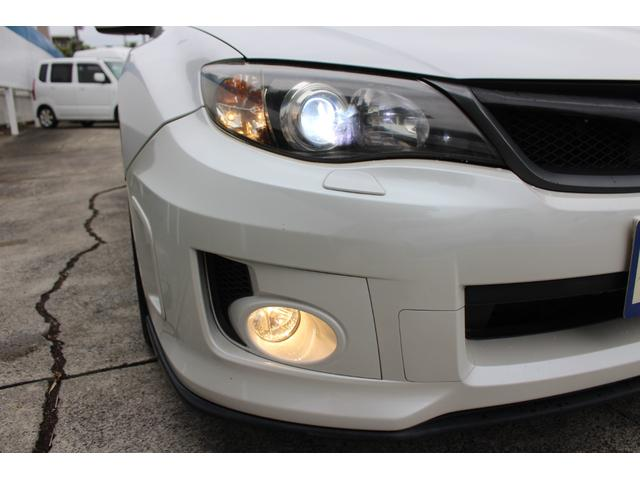 WRX STI tS カーボンルーフ アルミ製フロントフード 400台限定 RAYS18AW 純正レカロシート 社外メモリーナビ フルセグ DVD再生 Bluetooth接続 4WD 308馬力(10枚目)