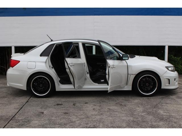 WRX STI tS カーボンルーフ アルミ製フロントフード 400台限定 RAYS18AW 純正レカロシート 社外メモリーナビ フルセグ DVD再生 Bluetooth接続 4WD 308馬力(30枚目)