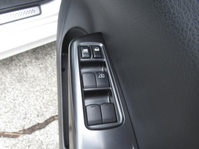 WRX STI tS カーボンルーフ アルミ製フロントフード 400台限定 RAYS18AW 純正レカロシート 社外メモリーナビ フルセグ DVD再生 Bluetooth接続 4WD 308馬力(52枚目)