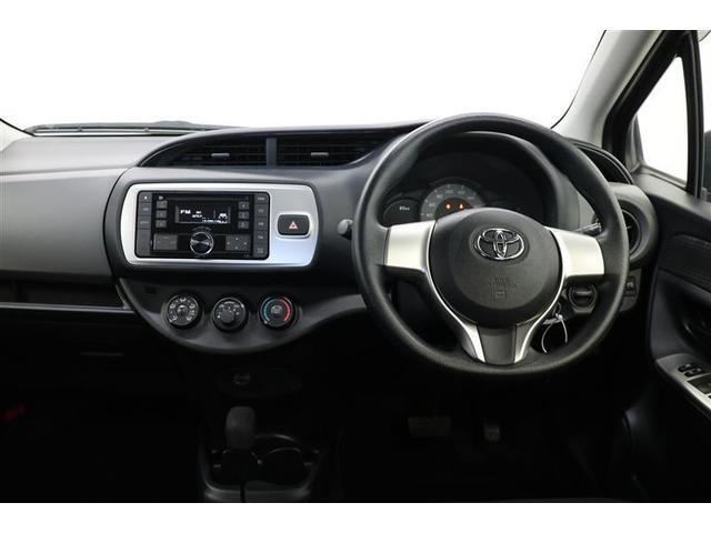 F キーレスエントリー 横滑り防止装置 ミュージックプレイヤー接続可 CD ABS エアバッグ エアコン パワーステアリング パワーウィンドウ(4枚目)