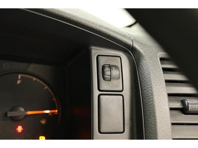 ロングDX 4WD キーレスエントリー 盗難防止システム ETC バックカメラ ミュージックプレイヤー接続可 DVD再生 CD ABS エアバッグ エアコン パワーステアリング パワーウィンドウ(8枚目)