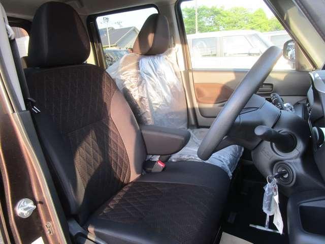 座り心地のいいフロントシートです!