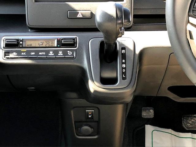 運転席シートヒーター・オートエアコン