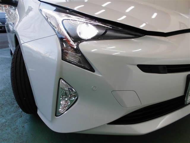 トヨタ プリウス Sセーフティプラス メモリーナビ ETC