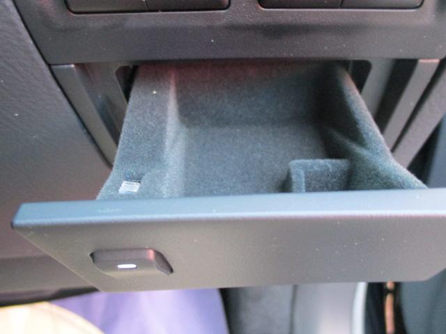 レクサス LS LS600h バージョンL サンルーフ 本革シート