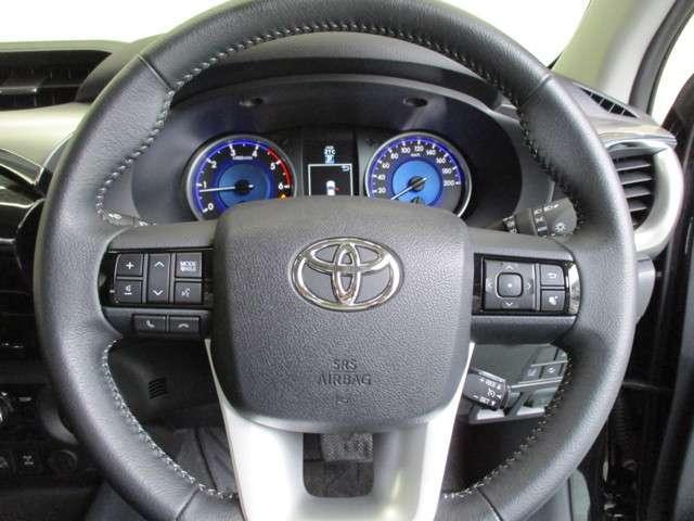トヨタ ハイラックス Z 4WD プリクラッシュセーフティー ナビ ETC 試乗車