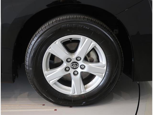 純正のアルミホイールになります。タイヤサイズは215/65R16