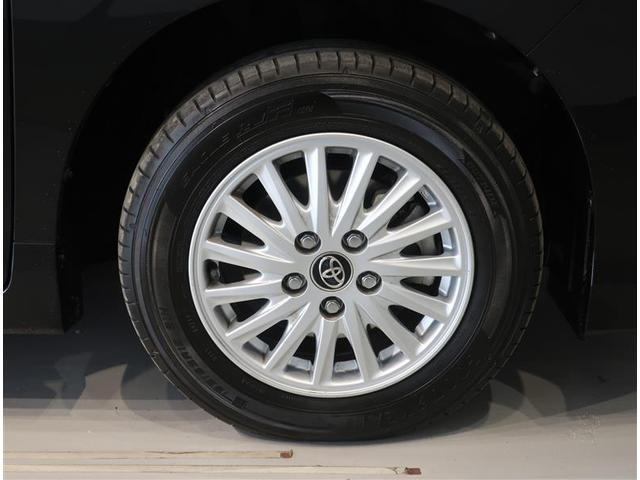 純正アルミです。タイヤサイズ195/65R15。