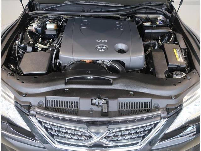 2500ccガソリンエンジンです。