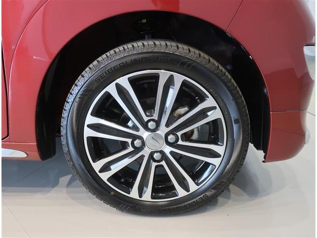 純正のアルミホイール装着車です。タイヤサイズは165/55R15です。