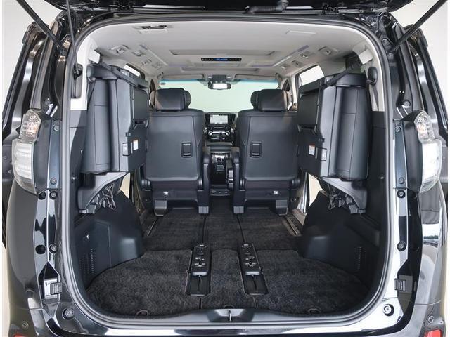 ZR Gエディション 革シート サンルーフ 4WD フルセグ メモリーナビ DVD再生 後席モニター バックカメラ 衝突被害軽減システム ETC ドラレコ 両側電動スライド LEDヘッドランプ 乗車定員7人 3列シート(17枚目)