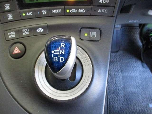 トヨタ プリウス S  ワンオーナー・ナビ・バックモニター・ETC