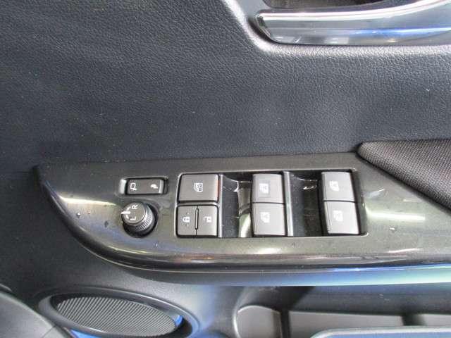 トヨタ ハイラックス Z TCナビ プリクラ LED スマートキー DVD