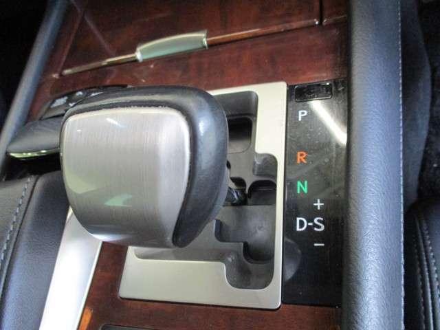 レクサス LS LS600h バージョンC Iパッケージ 黒革 PCS