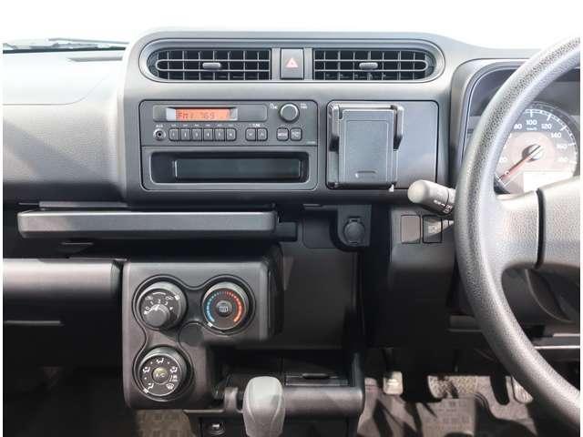 UL-X  4WD  トヨタセーフティセンスC キーレス(7枚目)