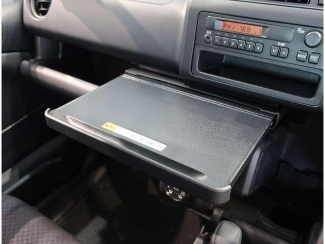 UL-X  4WD  トヨタセーフティセンスC キーレス(11枚目)