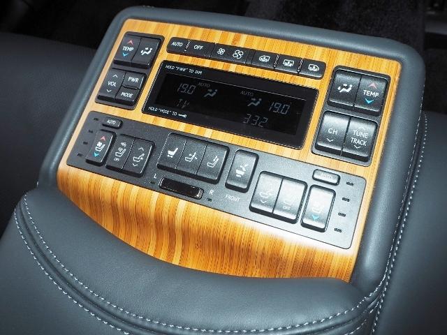 レクサス LS LS600hVerL 黒革 マクレビ リアエンターテイメント