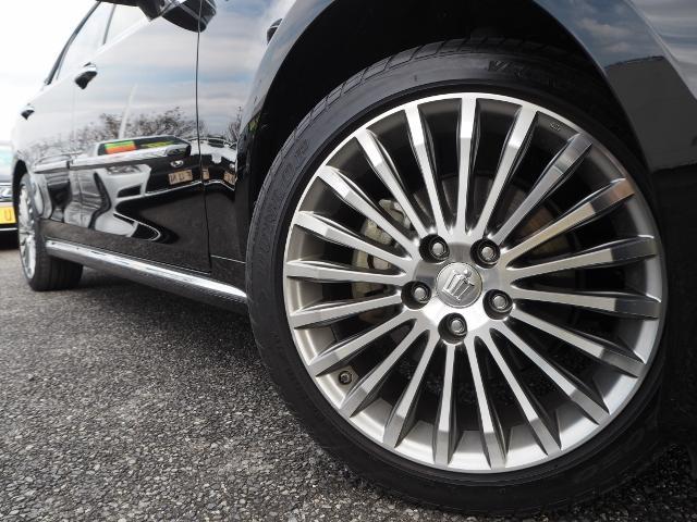 トヨタ クラウンマジェスタ Four4WD  SR 黒革 Rクルーズ OPアルミ 寒冷地