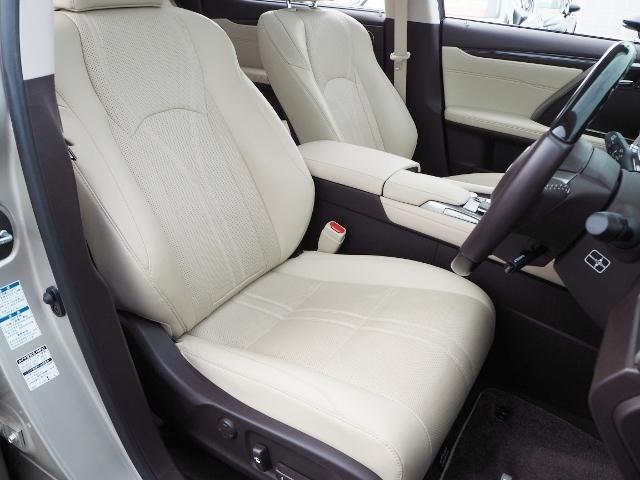 レクサス RX RX200tVerL4WDパノラマルーフ プレミアムクロック