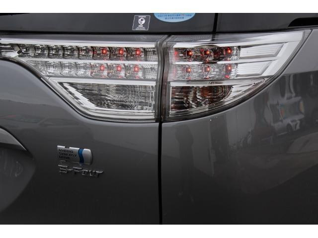 アエラス ワンオーナー 禁煙車 走行2.1万キロ  純正ブルーレイ対応8型ナビ&アルパインリヤビジョン コーナーセンサー バックカメラ 両自動ドア リラックスシート7人乗りです(39枚目)