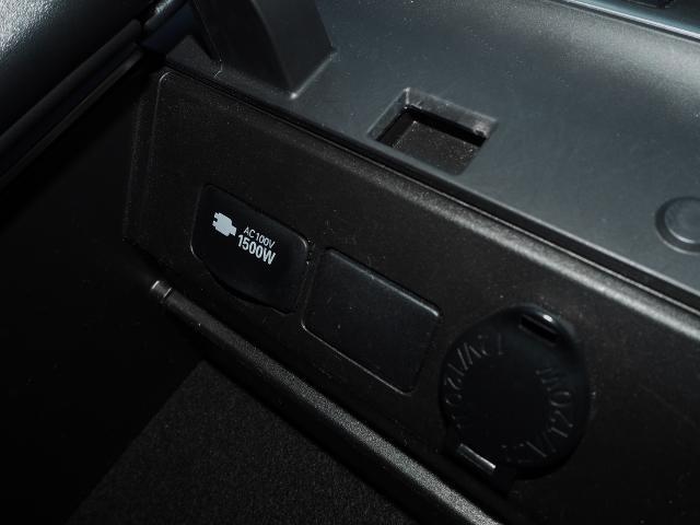 メーカーオプション★100V/1500Wアクセサリーコンセントもついています。   OP価格約6万