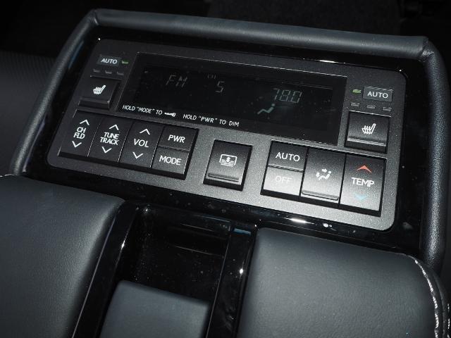 シートヒーター(左右)・エアコン、オーディオコントロール