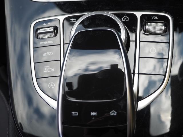 E400 4マチック エクスクルーシブ メーカーオプションエクスクルーシブパッケージ ワンオーナー禁煙車 黒革シート Burmesterサウンド パノラミックスライディングルーフ レーダーセーフティ(45枚目)