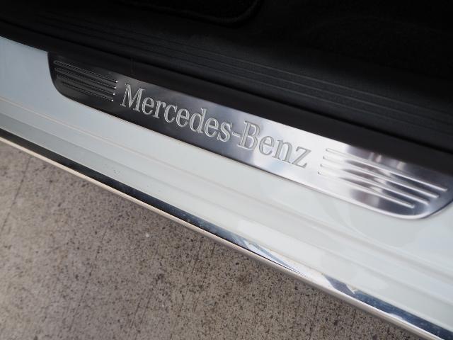 E400 4マチック エクスクルーシブ メーカーオプションエクスクルーシブパッケージ ワンオーナー禁煙車 黒革シート Burmesterサウンド パノラミックスライディングルーフ レーダーセーフティ(63枚目)