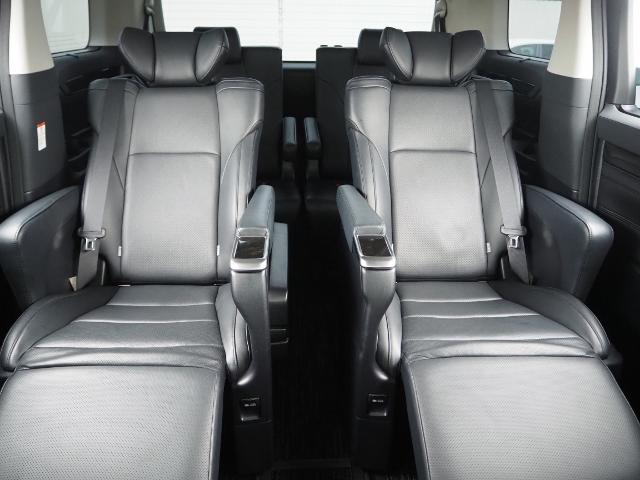 ZR Gエディション ワンオーナー禁煙車 プリクラッシュ&レーダークルーズ 純正9型ナビ 純正11型後席ディスプレイ Bカメラ  Pトランク 両自動 黒革シート ドラレコ付(20枚目)