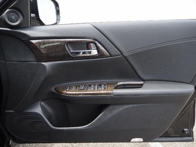 LX 走行1万キロ ワンオーナー禁煙車 インターナビ バックカメラ LEDヘッドランプ クルコン(39枚目)