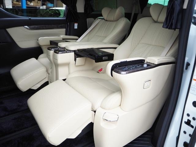 3.5エグゼクティブラウンジ 4WD ワンオーナー禁煙車 OP・ツインサンルーフ OP・TRDエアロ OP・寒冷地仕様車 セーフティセンス JBL メーカーナビ リヤエンタメ 全周囲 Pバックドア Dインナーミラー 本革シート(29枚目)
