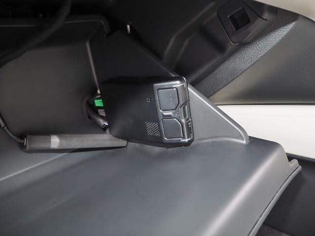 EX 走行0.5万キロ ワンオーナー 禁煙車 サンルーフ Hondaセンシング HUD BSM パーコングセンサー 白革シート メーカーナビ Bカメラ ワイヤレス充電器 ドラレコ(47枚目)