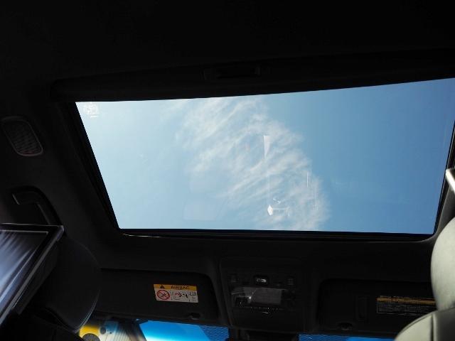 ZX ワンオーナー 禁煙車 走行1.8万キロ OP・メーカーナビ OP・マルチテレインモニター OP・リヤエンタ-テイメント OP・パワーバックドア OP・ルーフレール セーフティセンス BSM 黒革 SR(18枚目)