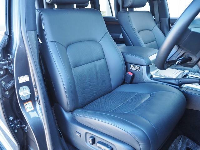 ZX ワンオーナー 禁煙車 走行1.8万キロ OP・メーカーナビ OP・マルチテレインモニター OP・リヤエンタ-テイメント OP・パワーバックドア OP・ルーフレール セーフティセンス BSM 黒革 SR(20枚目)