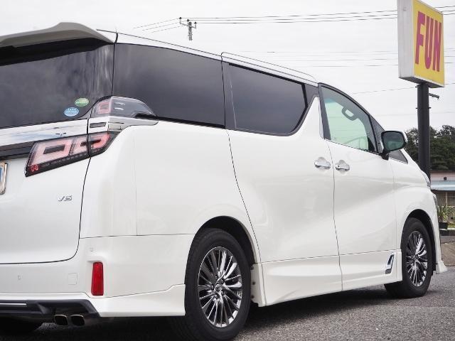3.5エグゼクティブラウンジZ 1オーナー禁煙車 OP・ツインサンルーフ OP・TRDエアロマフラーセット OP・寒冷地仕様車 OP・置くだけ充電 セーフティセンス JBL メーカーナビ リヤエンタメ 全周囲 白革シート(15枚目)