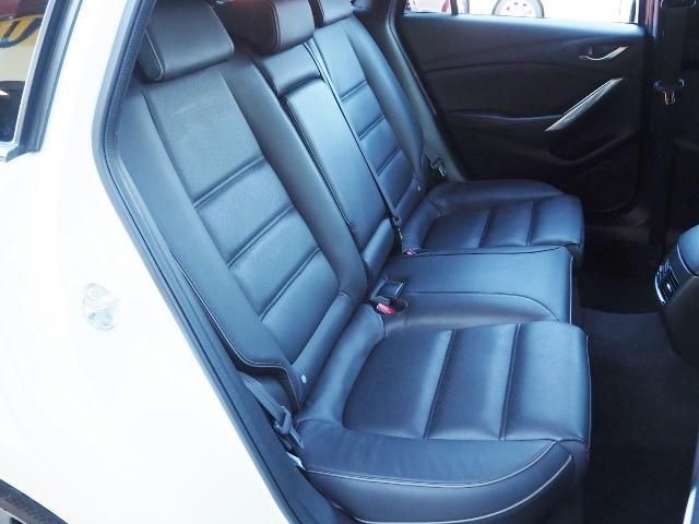 XD Lパッケージ 4WD ディーゼルターボ  禁煙車 マツダコネクトナビ Bカメラ BOSE 黒革シート BSM LAS スマートブレーキアシスト レーダークルーズ(22枚目)