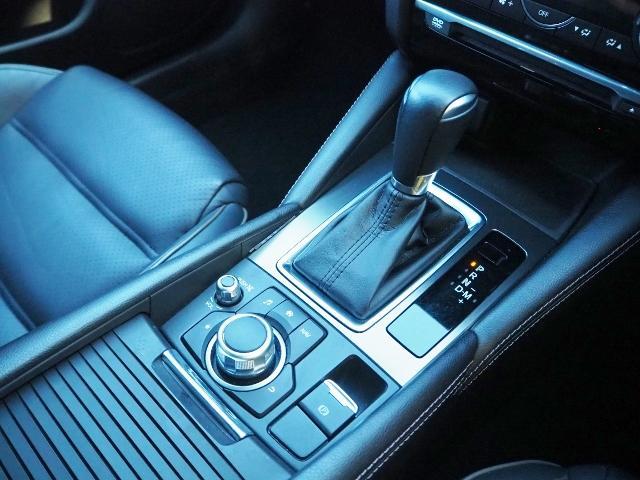 XD Lパッケージ 4WD ディーゼルターボ  禁煙車 マツダコネクトナビ Bカメラ BOSE 黒革シート BSM LAS スマートブレーキアシスト レーダークルーズ(35枚目)