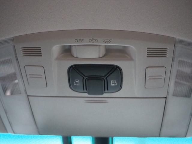 SR ワンオーナー 禁煙車 OP・メーカーHDDナビ バックカメラ アルパインリヤビジョン OP・100V/100Wコンセント 両自動ドア(33枚目)