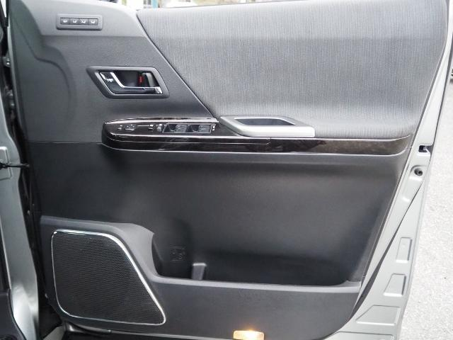 SR ワンオーナー 禁煙車 OP・メーカーHDDナビ バックカメラ アルパインリヤビジョン OP・100V/100Wコンセント 両自動ドア(41枚目)