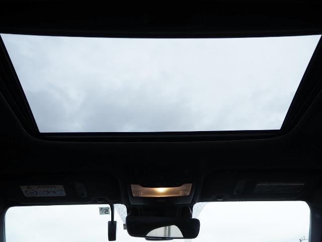 IS300h Fスポーツ 4WD ワンオーナー禁煙車 セーフティシステムプラス OP・サンルーフ OP・三眼LEDヘッドランプ OP・マークレビンソン OP・BSM/RCTA OP・ソナー OP・寒冷地仕様車 OP・ドラレコ(17枚目)