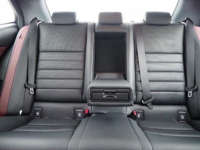 IS300h Fスポーツ 4WD ワンオーナー禁煙車 セーフティシステムプラス OP・サンルーフ OP・三眼LEDヘッドランプ OP・マークレビンソン OP・BSM/RCTA OP・ソナー OP・寒冷地仕様車 OP・ドラレコ(23枚目)