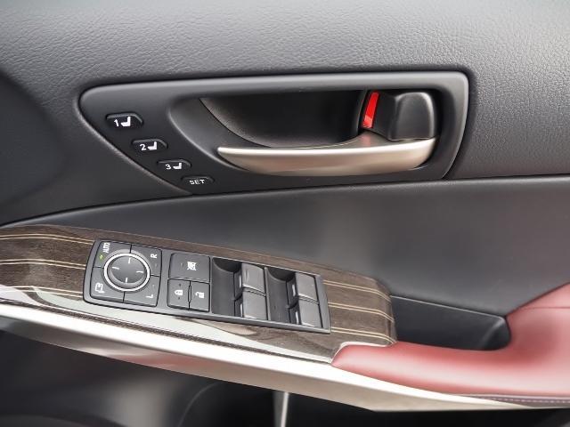 IS300h Fスポーツ 4WD ワンオーナー禁煙車 セーフティシステムプラス OP・サンルーフ OP・三眼LEDヘッドランプ OP・マークレビンソン OP・BSM/RCTA OP・ソナー OP・寒冷地仕様車 OP・ドラレコ(47枚目)