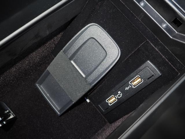 SL400 走行1.2万キロ ワンオーナー禁煙車 レーダーセーフティパッケージ パノラミックバリオルーフ AMG製19AW ブラックナッパレザー 電動ドラフトストップ オートトランクカバー HDDナビBカメラ(47枚目)