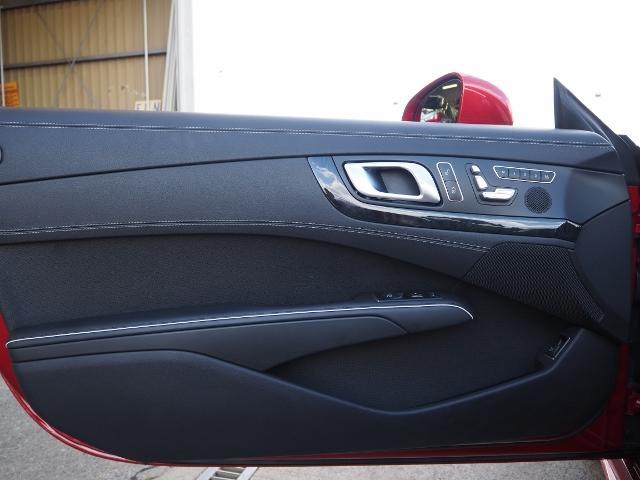 SL400 走行1.2万キロ ワンオーナー禁煙車 レーダーセーフティパッケージ パノラミックバリオルーフ AMG製19AW ブラックナッパレザー 電動ドラフトストップ オートトランクカバー HDDナビBカメラ(58枚目)